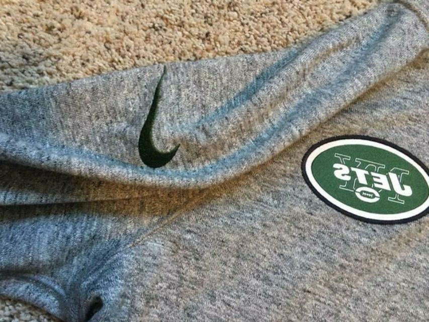 $105 Nike Team Full M L